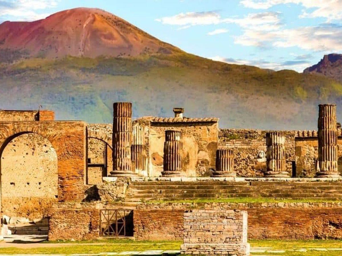 Pompeii & Capri