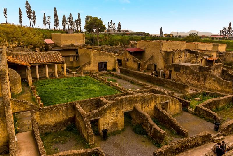 Herculaneum, Vesuvius & Sorrento