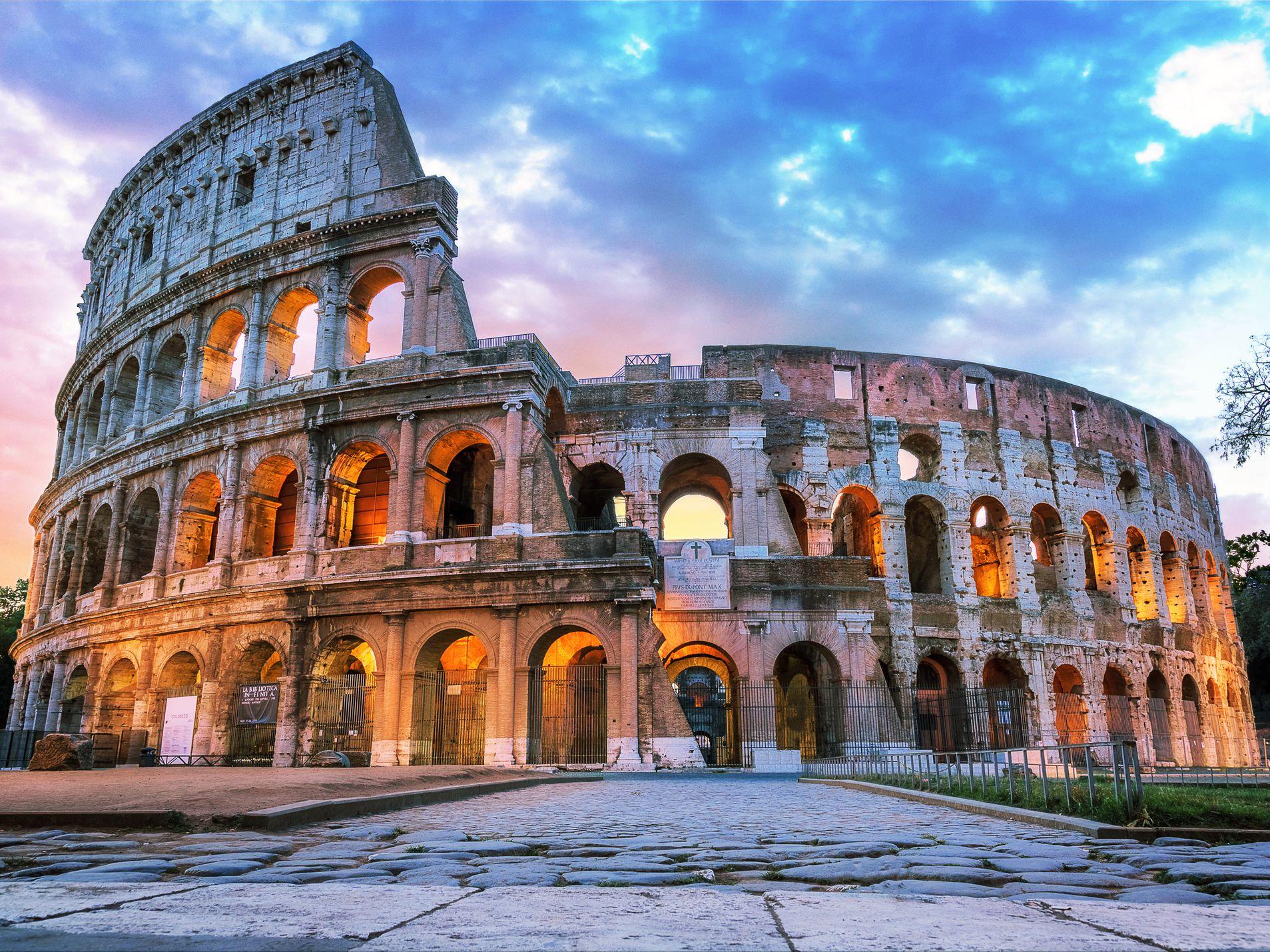 Civitavecchia-Rome Small Group Round Trip Port Transfer